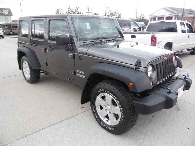 2014 Jeep Wrangler Unlimited 4x4 Sport RHD 4dr SUV - Paoli IN