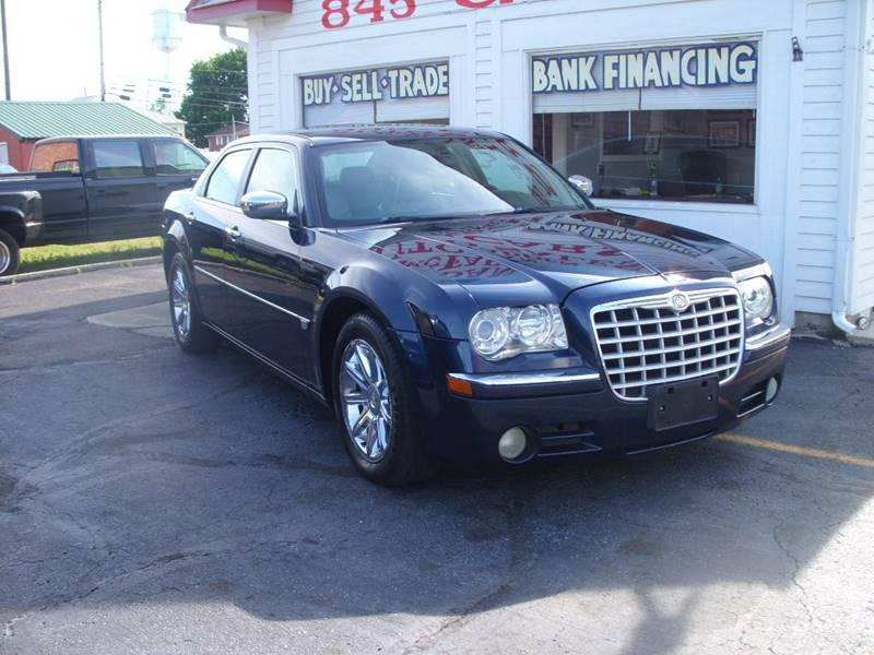 inventory in details oakwood mi sale car for center detroit chrysler limited at