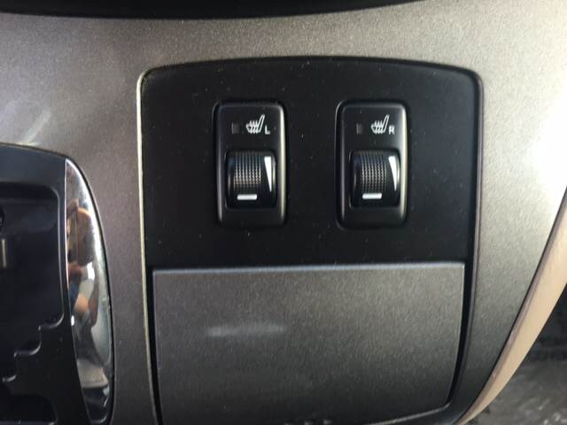 2004 Toyota Sienna XLE 7-Passenger 4dr Mini-Van - Dallas TX