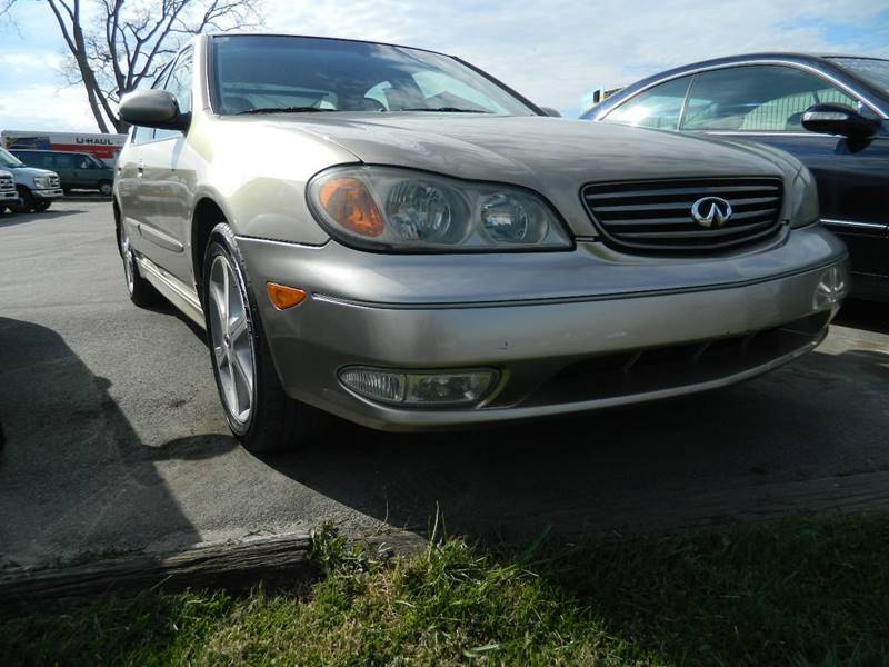2003 Infiniti I35 for sale at Auto House Of Fort Wayne in Fort Wayne IN