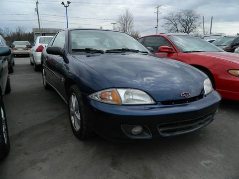 2000 Chevrolet Cavalier for sale at Auto House Of Fort Wayne in Fort Wayne IN