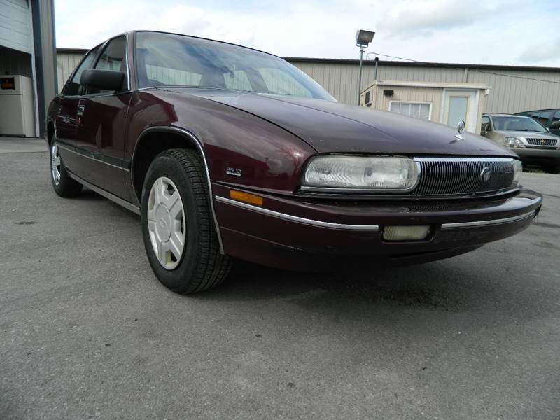 1991 Buick Regal for sale at Auto House Of Fort Wayne in Fort Wayne IN