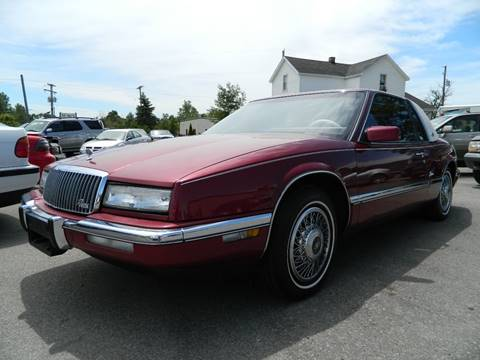 1989 Buick Riviera for sale at Auto House Of Fort Wayne in Fort Wayne IN