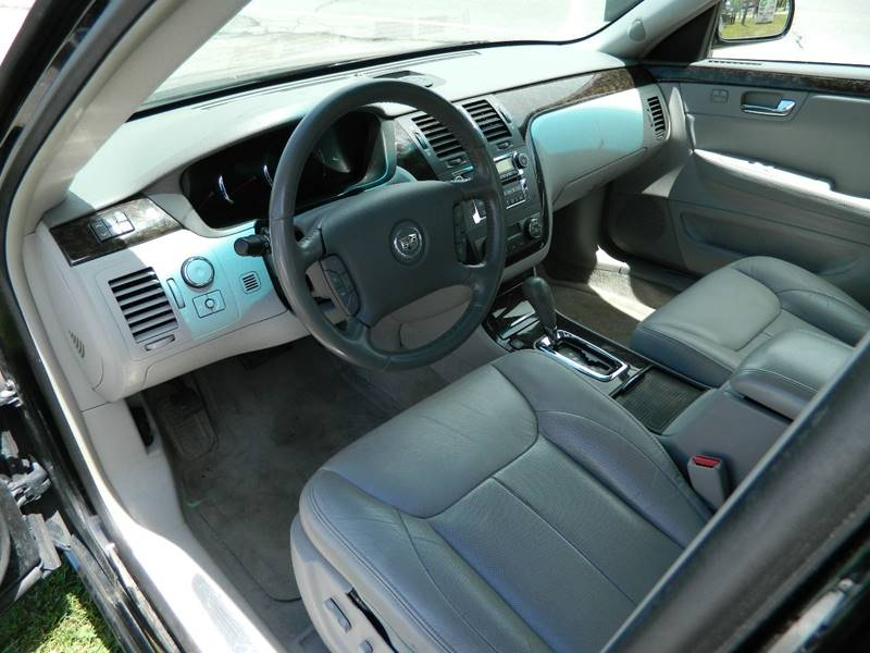 2010 Cadillac DTS Luxury Collection 4dr Sedan - Fort Wayne IN