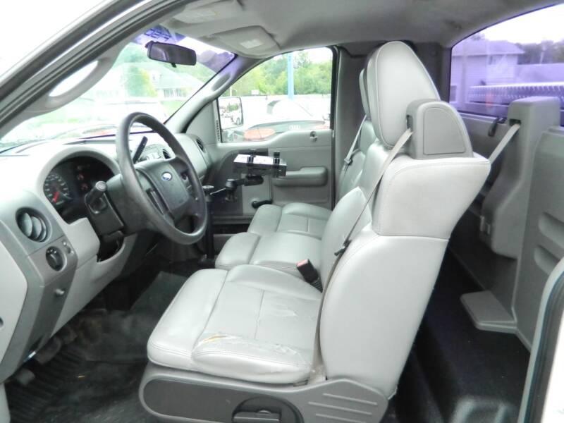 2005 Ford F-150 2dr Standard Cab XL Rwd Styleside 8 ft. LB - Fort Wayne IN
