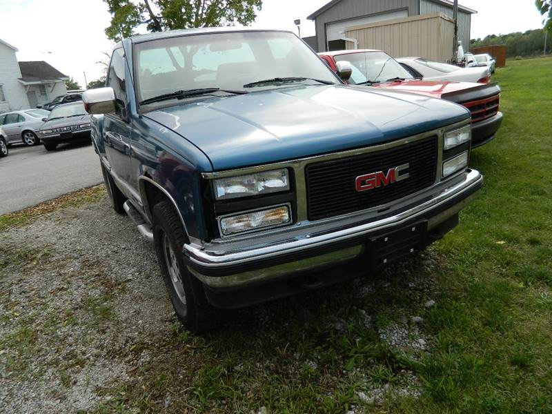 1990 GMC Sierra 1500 for sale at Auto House Of Fort Wayne in Fort Wayne IN