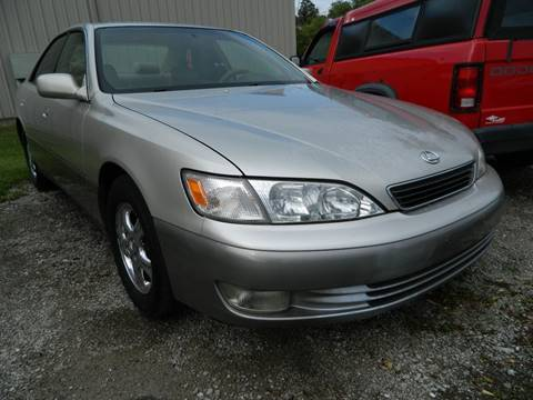 1998 Lexus ES 300 for sale at Auto House Of Fort Wayne in Fort Wayne IN