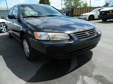 1998 Toyota Camry for sale at Auto House Of Fort Wayne in Fort Wayne IN
