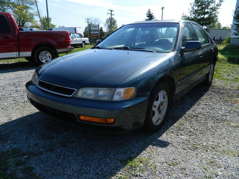 1996 Honda Accord for sale at Auto House Of Fort Wayne in Fort Wayne IN