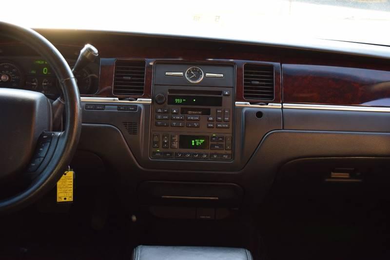 2007 Lincoln Town Car Signature 4dr Sedan - Fredericksburg VA