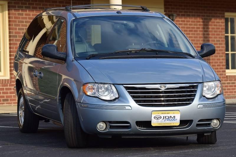 2006 Chrysler Town and Country Touring 4dr Extended Mini-Van - Fredericksburg VA