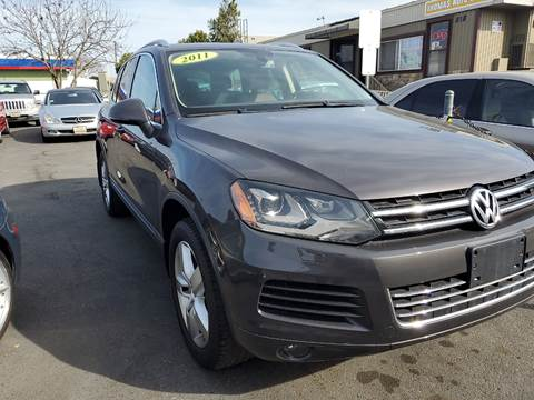 2011 Volkswagen Touareg for sale at Thomas Auto Sales in Manteca CA