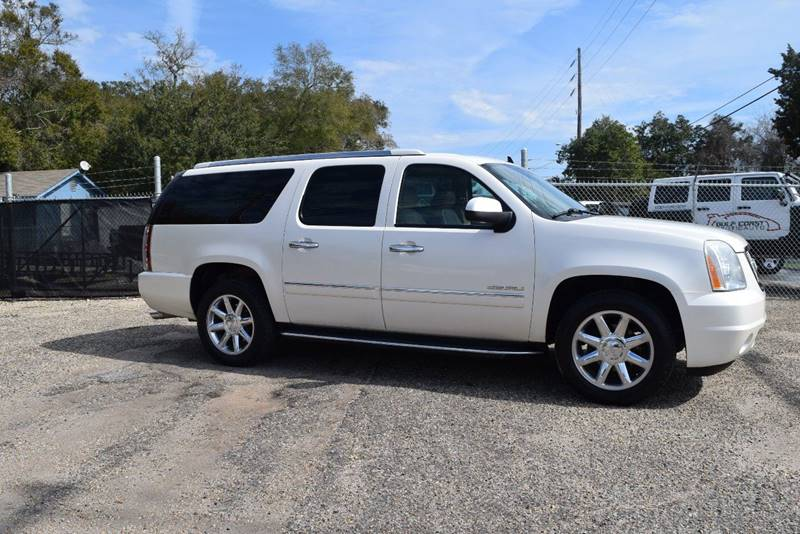 2011 GMC Yukon XL for sale at Gulf Coast Exotic Auto in Biloxi MS