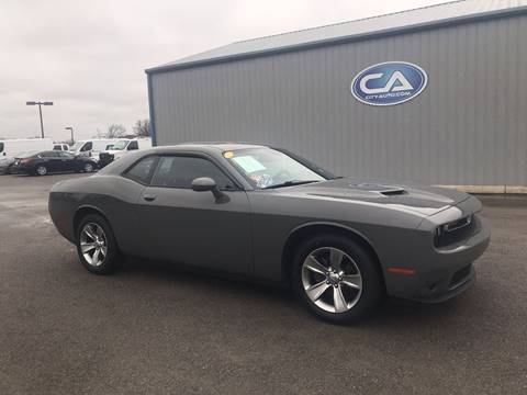 2017 Dodge Challenger SXT for sale at Team Hall at City Auto in Murfreesboro TN