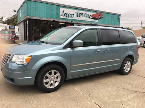 2010 Chrysler Town and Country for sale in Aberdeen, SD