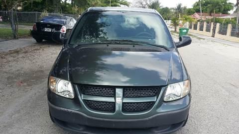 2003 Dodge Caravan for sale in Miami, FL