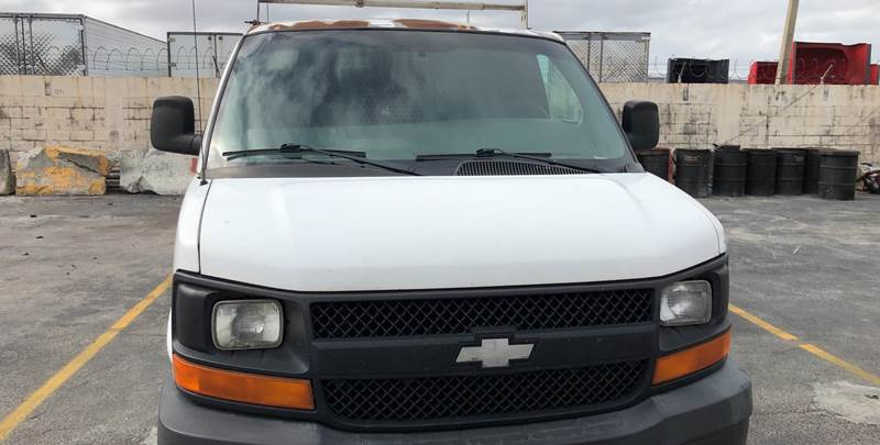 f9d0193d1a 2005 Chevrolet Express Cargo 3500 3dr Extended Cargo Van In Miami FL ...