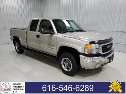 2005 GMC Sierra 2500HD for sale in Holland, MI