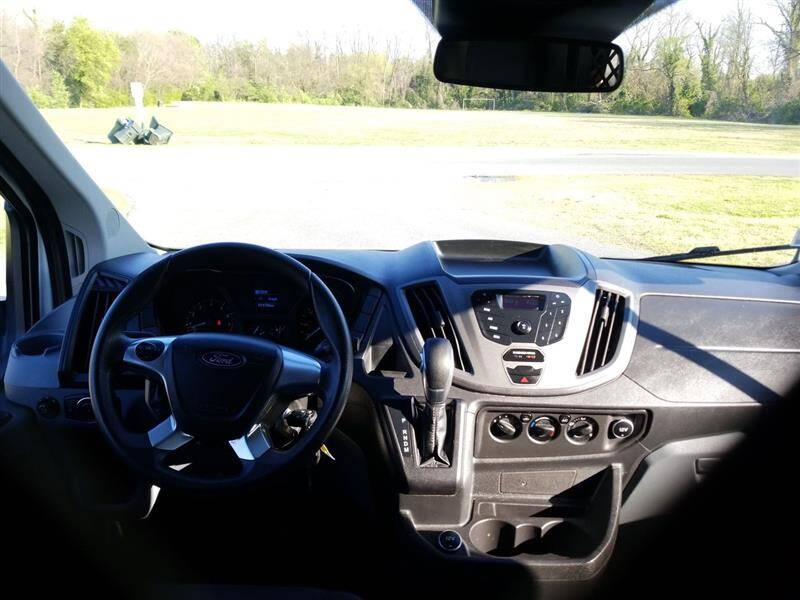 2018 Ford Transit Cargo 250 3dr SWB Low Roof Cargo Van w/60/40 Passenger Side Doors - Brentwood MD
