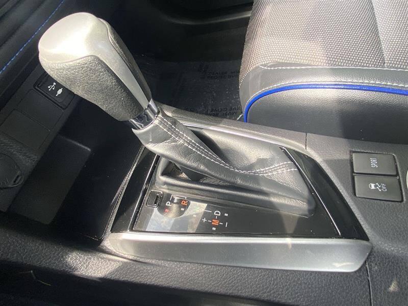 2019 Toyota Corolla SE 4dr Sedan 6M - Brentwood MD