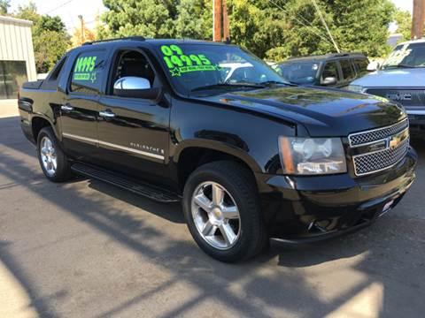 2009 Chevrolet Avalanche for sale in Fresno, CA