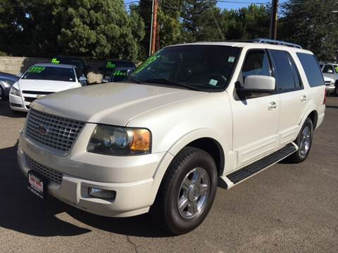 2005 Ford Expedition for sale in Fresno, CA
