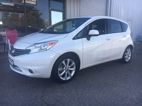 2014 Nissan Versa Note for sale at Credit World Auto Sales in Fresno CA