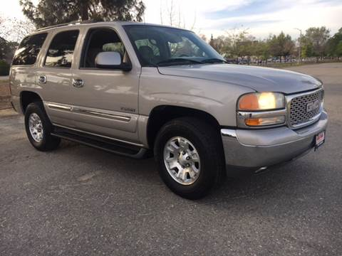 2004 GMC Yukon for sale at Credit World Auto Sales in Fresno CA