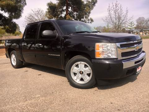 2009 Chevrolet Silverado 1500 for sale at Credit World Auto Sales in Fresno CA