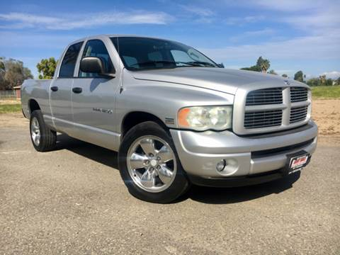 2004 Dodge Ram Pickup 1500 for sale at Credit World Auto Sales in Fresno CA