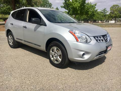 2013 Nissan Rogue for sale at Credit World Auto Sales in Fresno CA