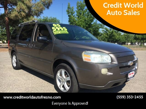 2005 Chevrolet Uplander for sale at Credit World Auto Sales in Fresno CA