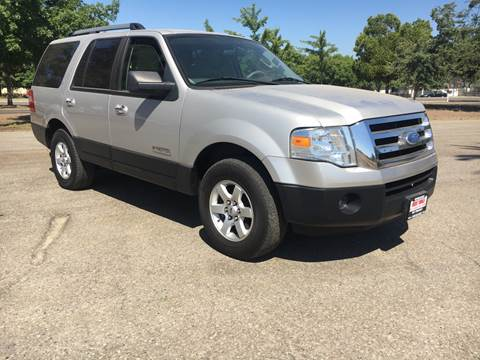 2007 Ford Expedition for sale at Credit World Auto Sales in Fresno CA