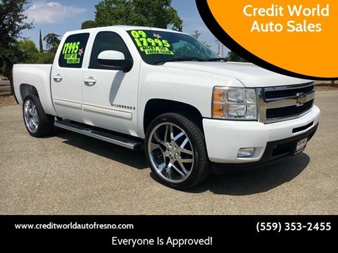 2009 Chevrolet Silverado 1500 for sale at Credit World Auto Sales in Fresno CA