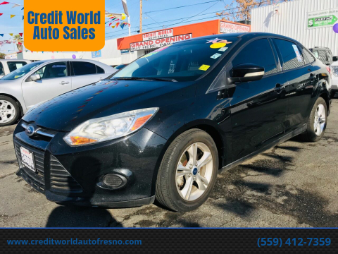 2013 Ford Focus for sale at Credit World Auto Sales in Fresno CA