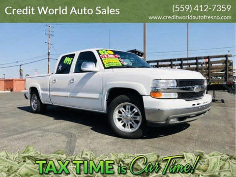 2002 Chevrolet Silverado 2500HD for sale at Credit World Auto Sales in Fresno CA