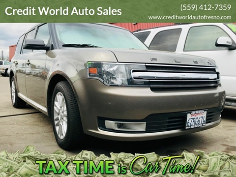 2013 Ford Flex for sale at Credit World Auto Sales in Fresno CA