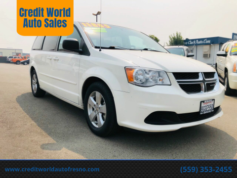 2013 Dodge Grand Caravan for sale at Credit World Auto Sales in Fresno CA