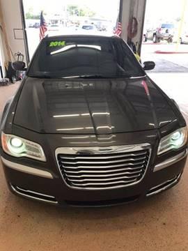 2014 Chrysler 300 for sale in South Houston, TX