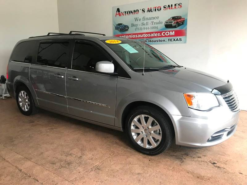 Town And Country Auto Sales >> 2014 Chrysler Town And Country Touring 4dr Mini Van In South
