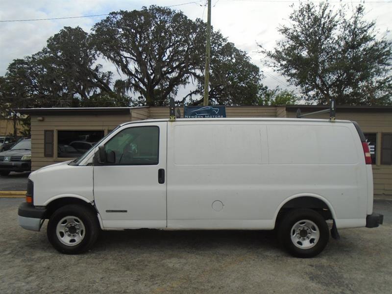 GMC Savana Cargo 2004 2500 3dr Van
