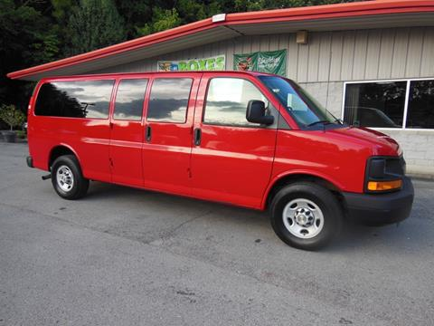 2011 Chevrolet Express Passenger for sale in Carthage, TN