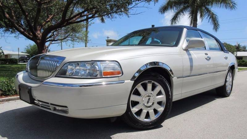 2007 Lincoln Town Car Designer Series 4dr Sedan In Pompano Beach Fl