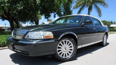 2003 Lincoln Town Car for sale at DS Motors in Boca Raton FL