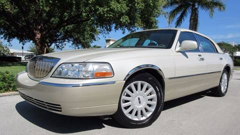 2005 Lincoln Town Car for sale at DS Motors in Boca Raton FL
