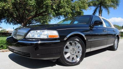 2004 Lincoln Town Car for sale at DS Motors in Boca Raton FL