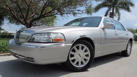 2006 Lincoln Town Car for sale in Pompano Beach, FL