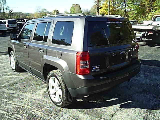 2016 Jeep Patriot Latitude In Gray Ky Mark Motors Inc