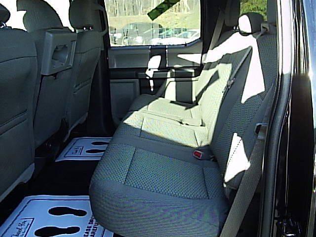 2016 Ford F-150 4x4 XLT 4dr SuperCrew 5.5 ft. SB - Gray KY