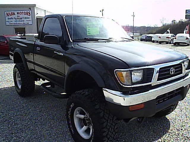 1996 Toyota Tacoma 2dr 4WD Standard Cab SB - Gray KY